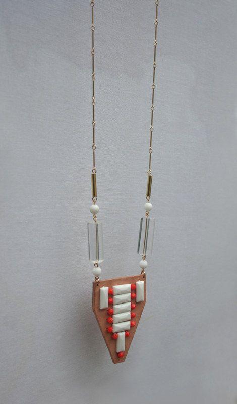 Language leather deco necklace
