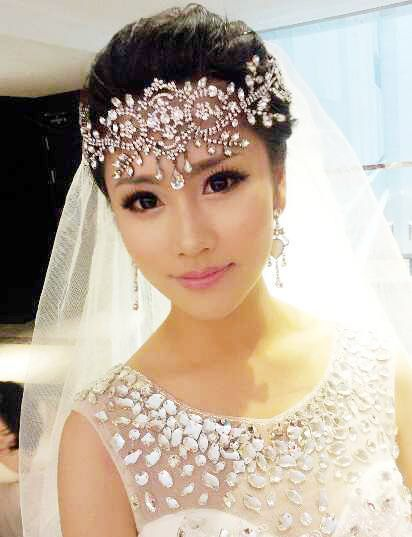 Online Bride White Crystal Frontlet Hair Accessories Wedding Headband Rhinestone Headpiece Jewelry For Party Prom Pageant