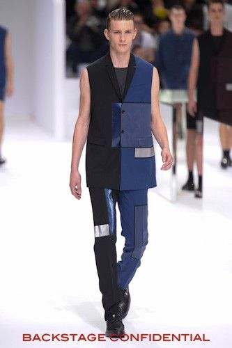 DIOR HOMME SPRING SUMMER 2014 FASHION SHOW.....CHECK OUT OUR REVIEW AND GALLERY http://www.backstageconfidential.net/dior-homme-spring-summer-2014.htmlhttp://www.backstageconfidential.net/dior-homme-spring-summer-2014.html