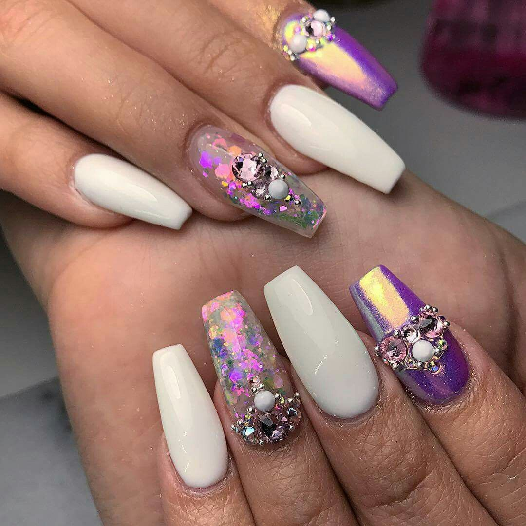 Pin by Aryaija Dodson on N A I L S | Pinterest | White nails and ...