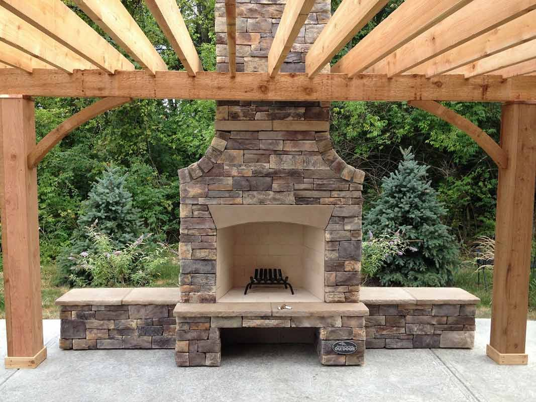 Outdoor Living Space Fireplace Litehousepools