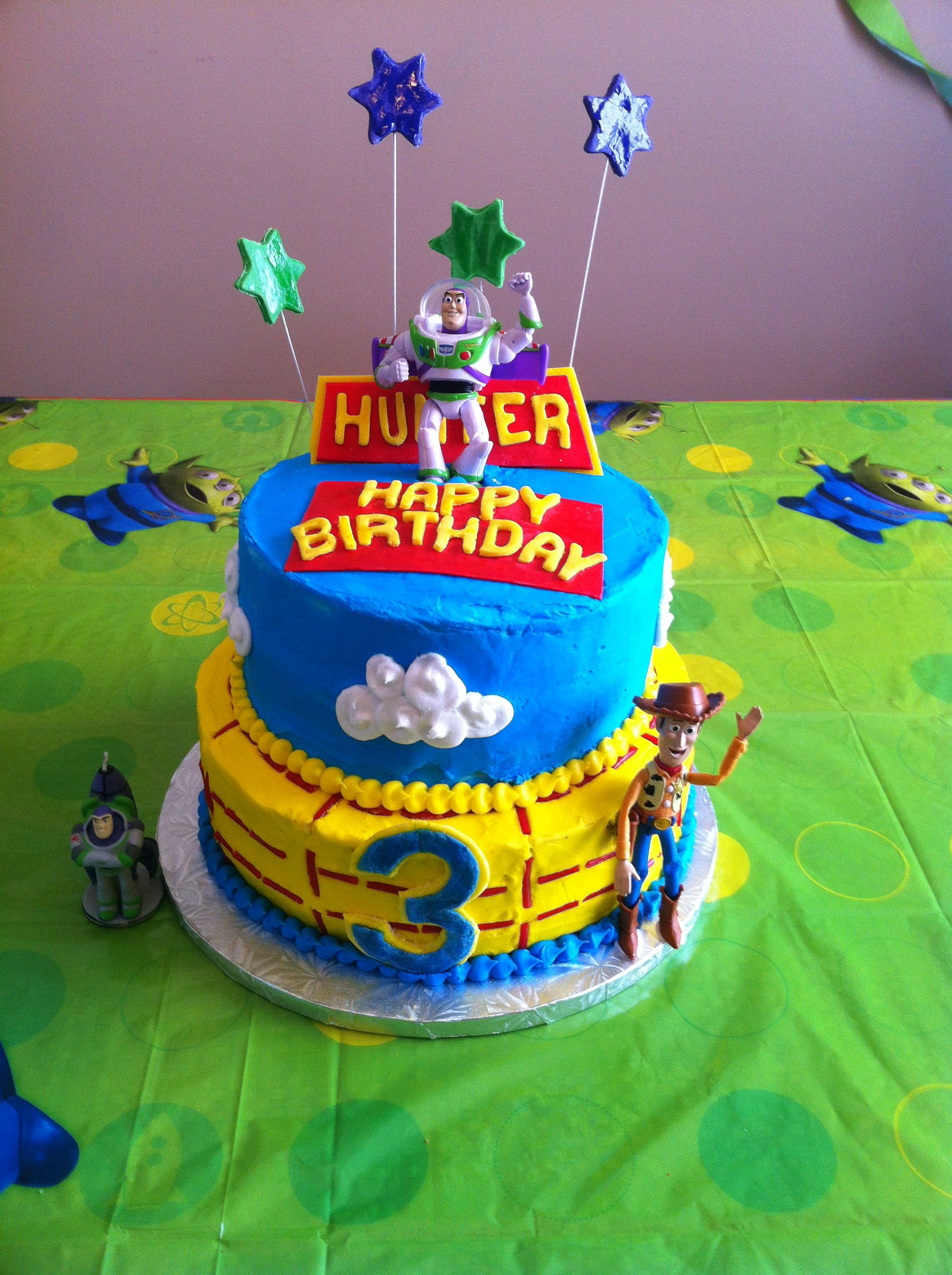 Toy Story Cake Two Tiered Cake Using Buttercream To Decorate