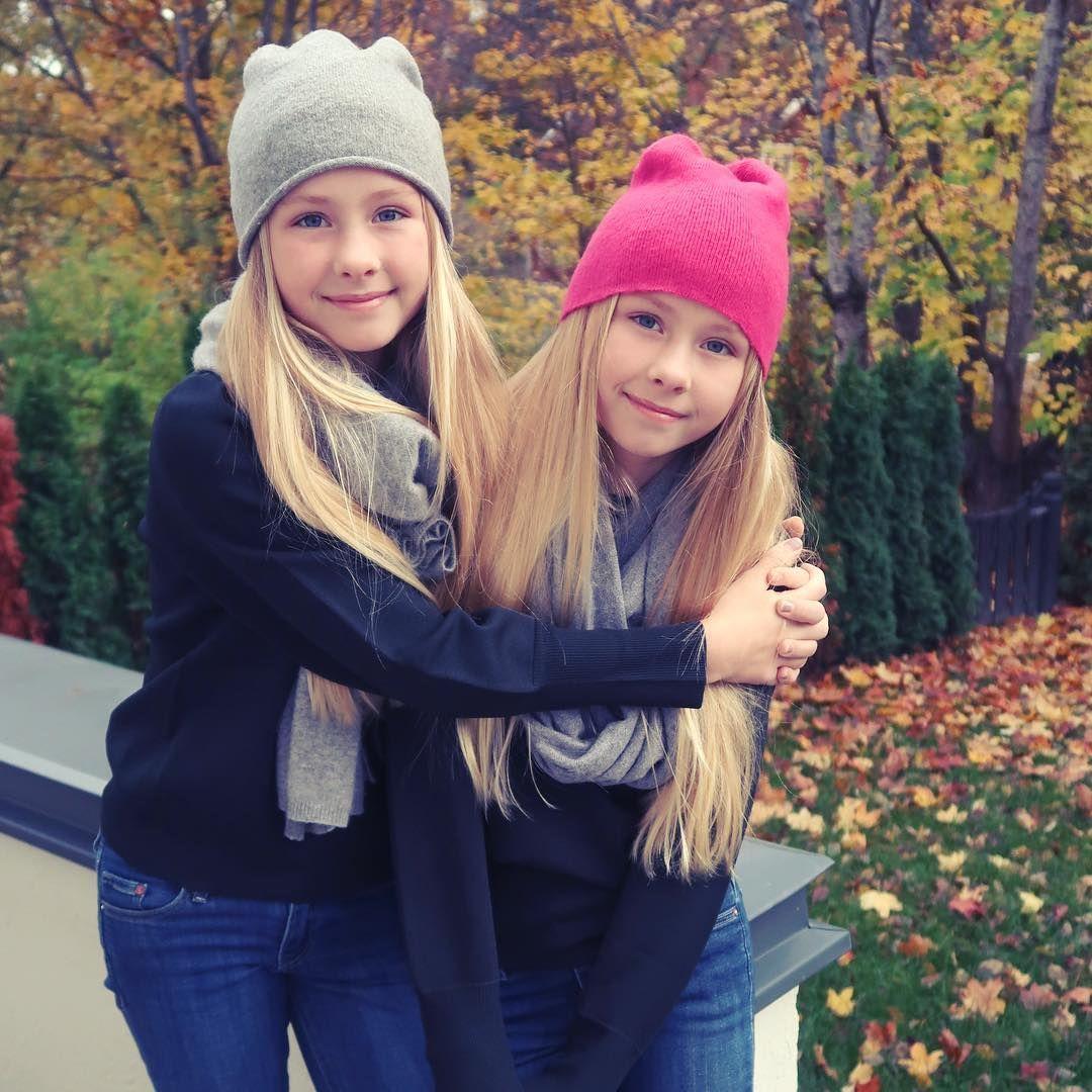 Iza and Elle Képek