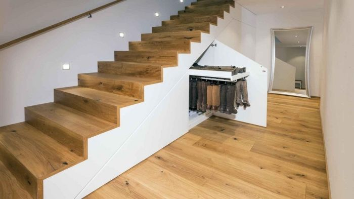 Optimisation De L Espace Avec Rangement Garde Robe Ou Placard Sous Escalier Archzine Fr Placard Sous Escalier Meuble Sous Escalier Sous Escalier