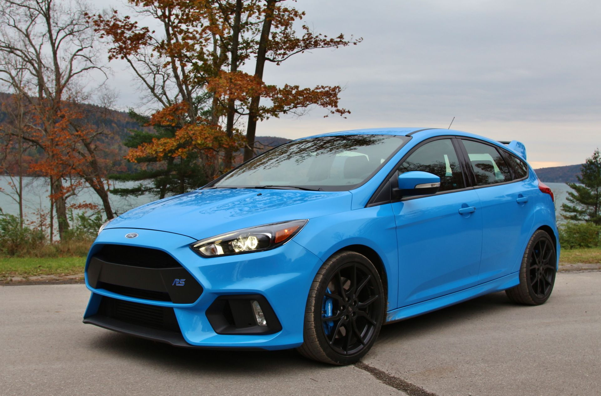 Driven Ford Focus Rs A Bmw M2 Competitor Coches