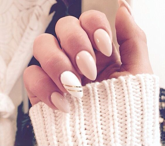 Photo of 20 Chic Nail Art Ideas For An Almond Shape Blaumode.com