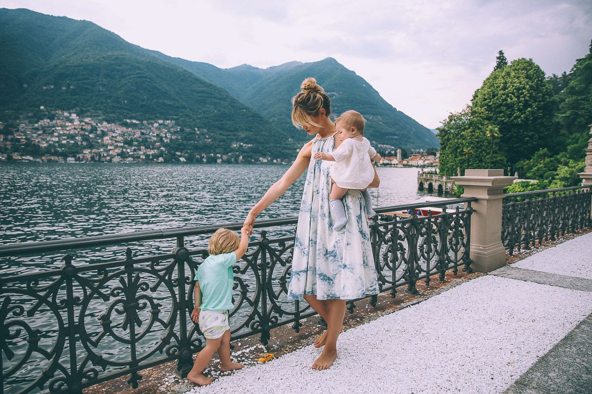 Barefoot blonde in lake como at casta diva resort and spa - Casta diva resort e spa ...