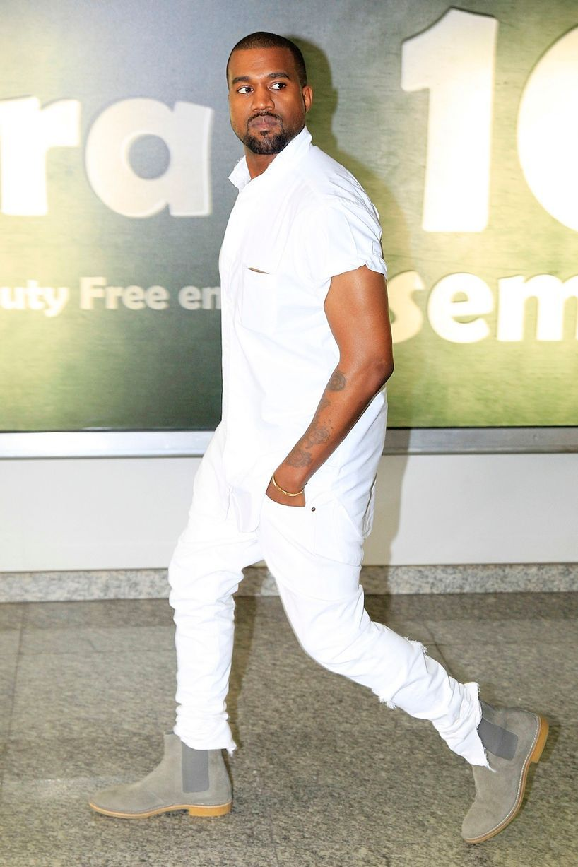 Do You Want To Dress Like A Hollywood Male Celebrity Just Follow This Royal Fashionist All White Outfit White Outfit For Men All White Mens Outfit