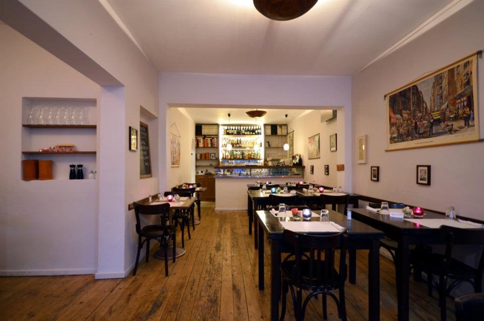 Vier Rosen, Französische Küche, Stellinger Weg 47,    www - hamburger küche restaurant
