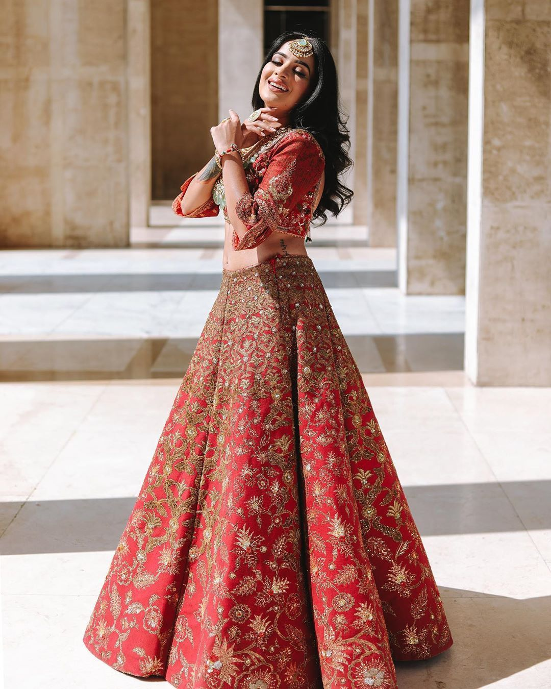 Redlehenga Makes The Bride More Beautiful And Her Smile That