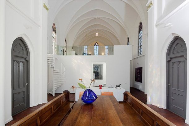 The Ultimate In Upcycling Homes In Converted Churches Con Immagini Case Di Lusso Casa Moderna Case