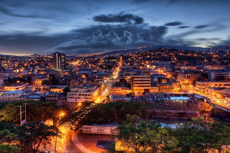Honduras escala cinco posiciones en mejoramiento del ambiente de negocios