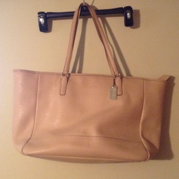 Authentic coach sold as it , see handles and inside for stains and handles wear usage Coach Bags Totes