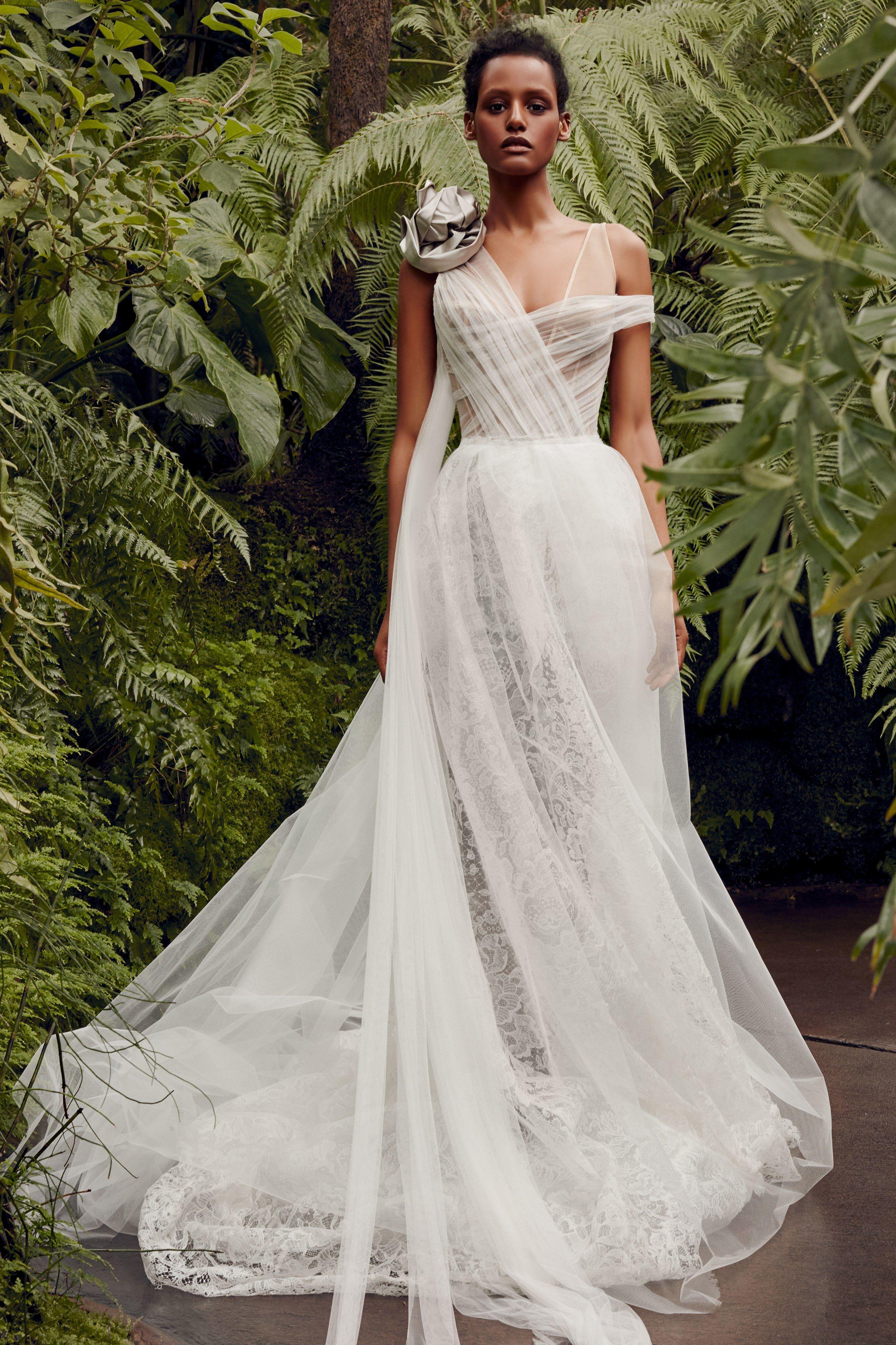 Vera Wang Bridal Spring 2020 Fashion Show Vera Wang Bridal Wedding Dresses Vera Wang Wedding Dresses