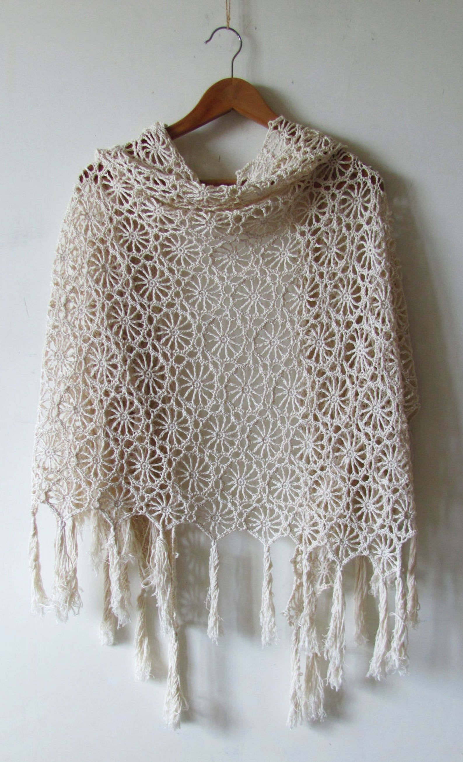 Crochet Shawl Pattern - Solstice Shawl - circle motif ...