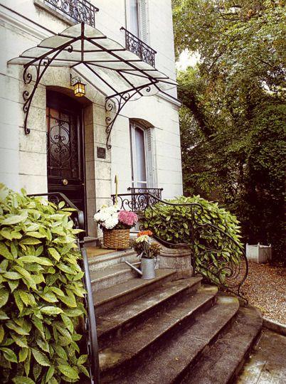 Elegant Unique Idea For Front Porch Awning