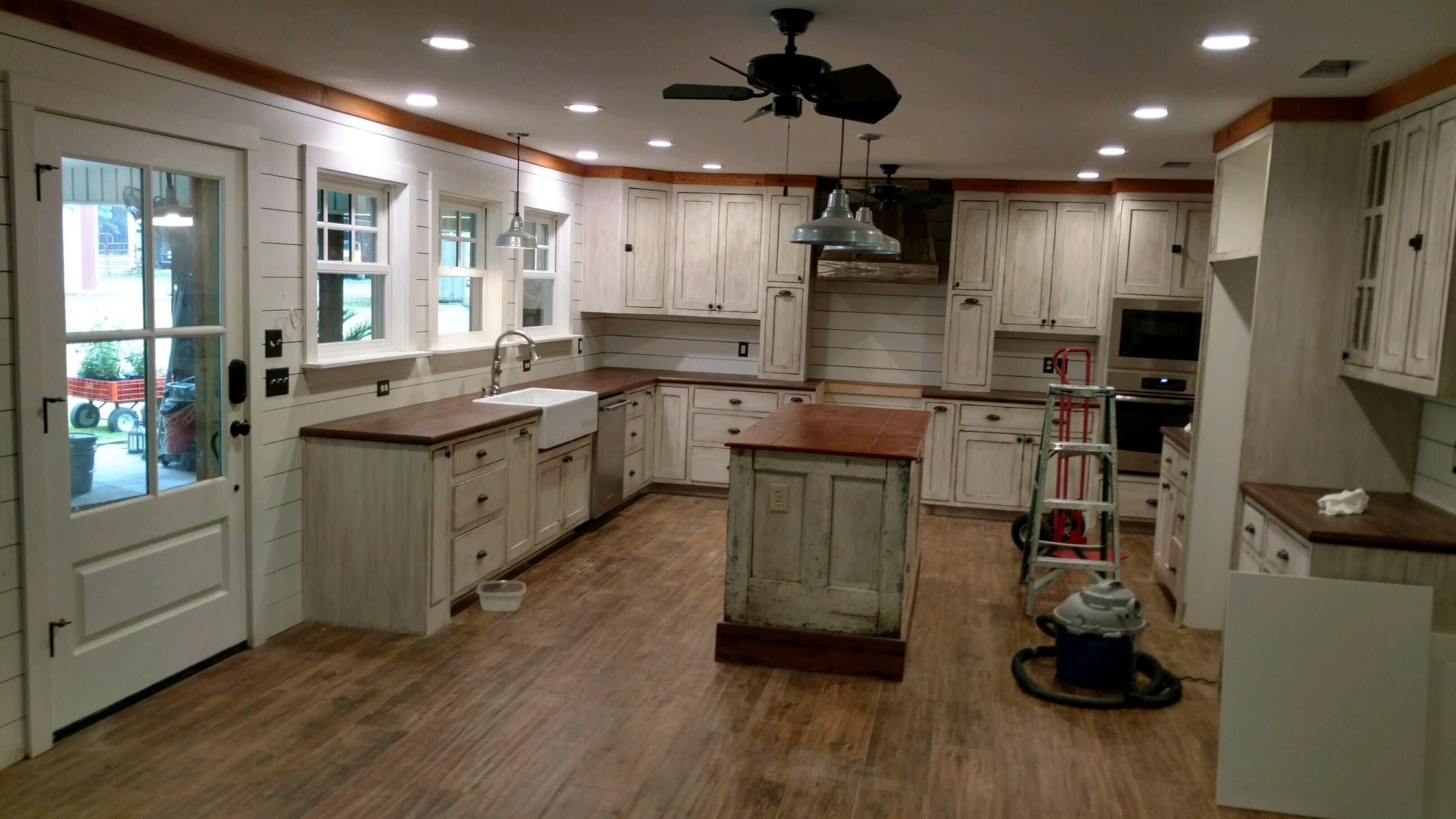 Pin By Kayla Moseley On Interior Painting Kitchen Remodel