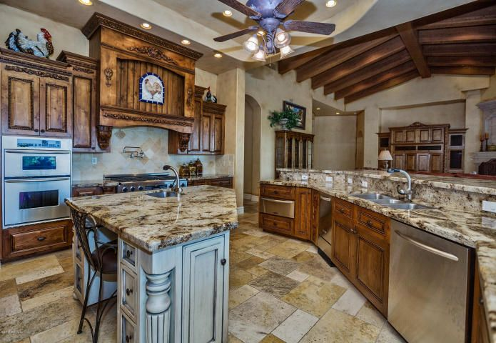 This Gourmet Kitchen Is A Chef's Delight With Restaurant Style Unique Gourmet Kitchen Design Style