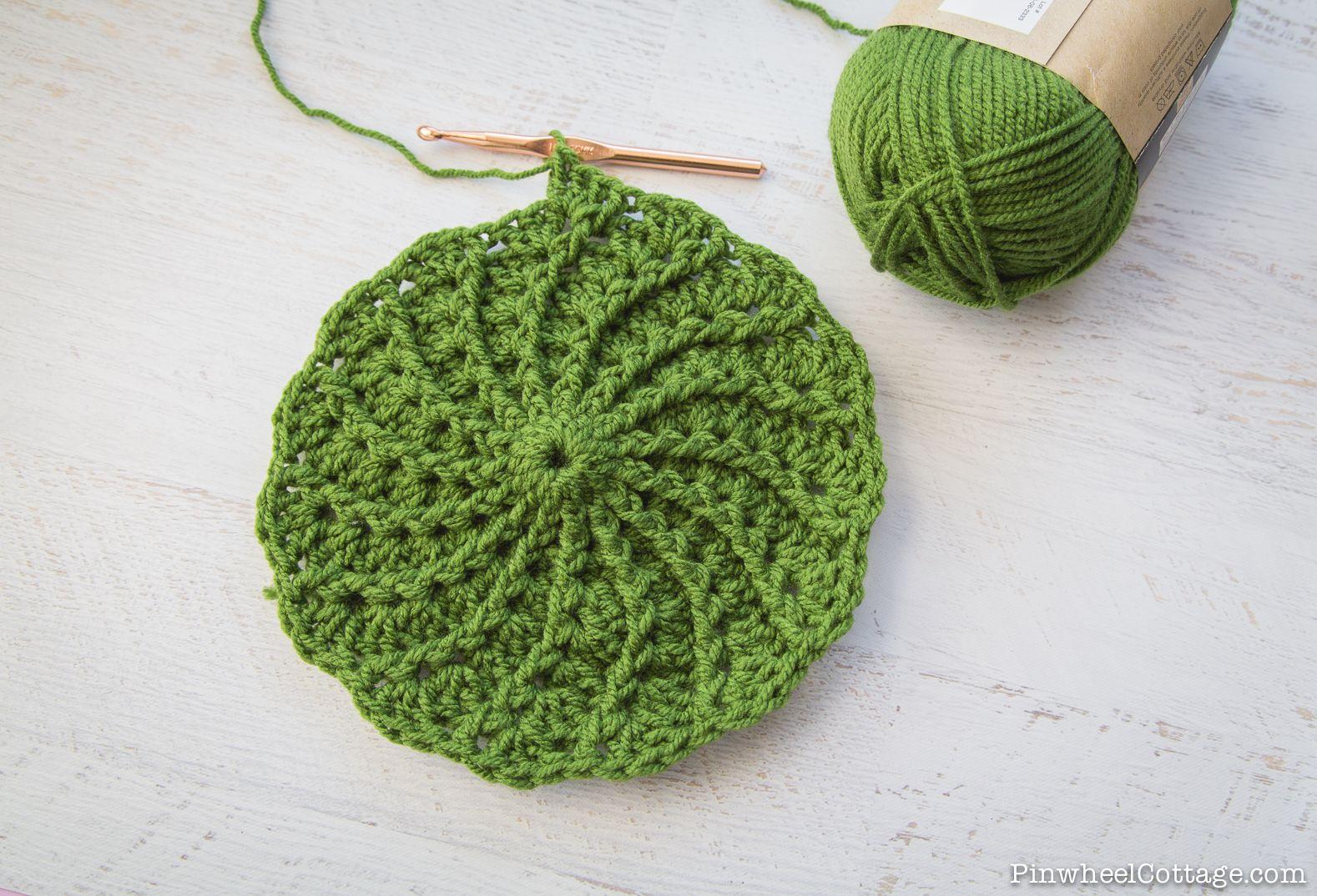 Free Crochet Pattern Spiral Crochet Beanie Godl Rush Slouch Hat