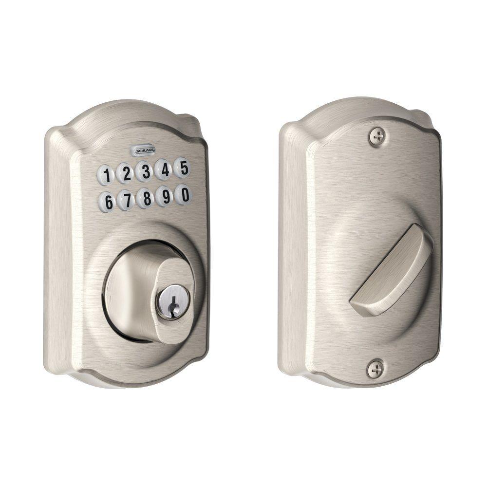 Schlage Be365vcam619 Camelot Keypad Deadbolt Satin Nickel Does Not Auto Lock Good Caz I Don T Want It Keypad Deadbolt Electronic Deadbolt Keypad Door Locks