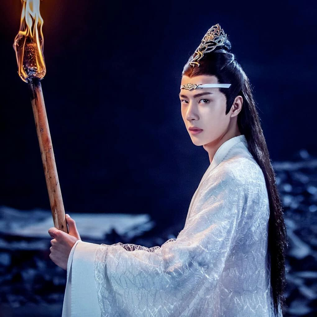 I Really Love Wang Yibo And Xiao Zhan For The Role Of Lan Zhan And Wei Ying They Suits For The Role Their Acting Skills Amaze M Beautiful Men Wang Chinese