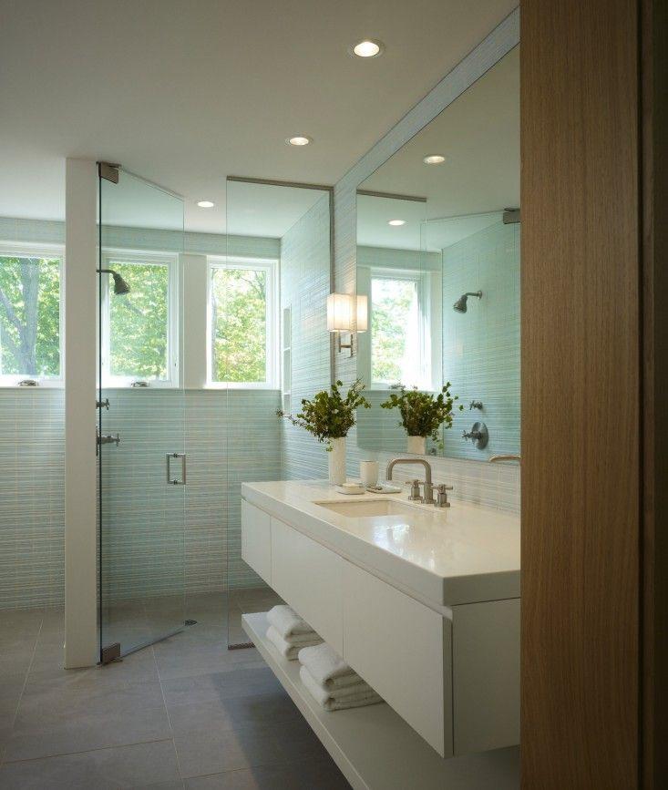 Suite Bathroom Wall Lamp Glass Door Vanity Sink Flower Vase Wall
