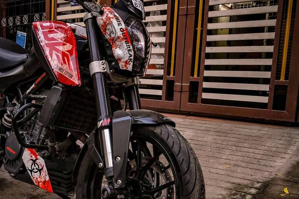 Meet Ktm Duke 200 Zombie Edition By A Wraps Chennai In 2020