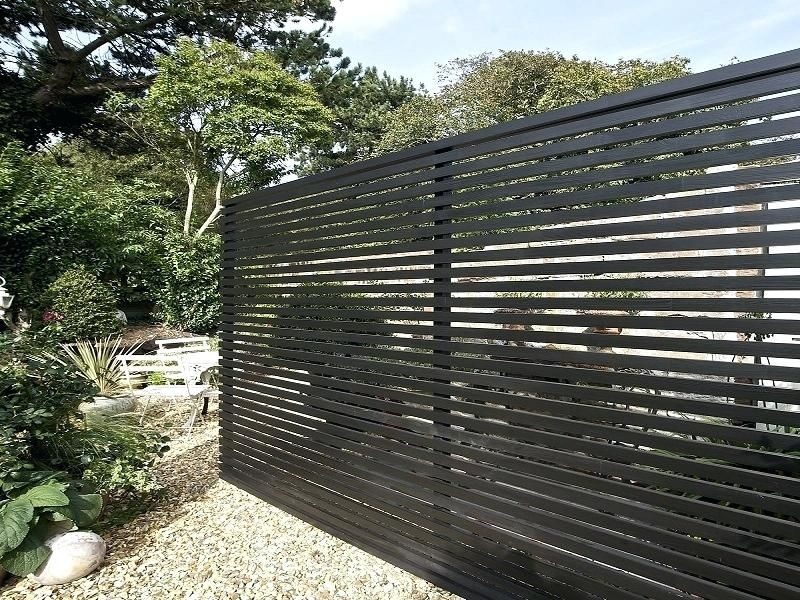 Modern Horizontal Fence Beautify The Minimalist Living With