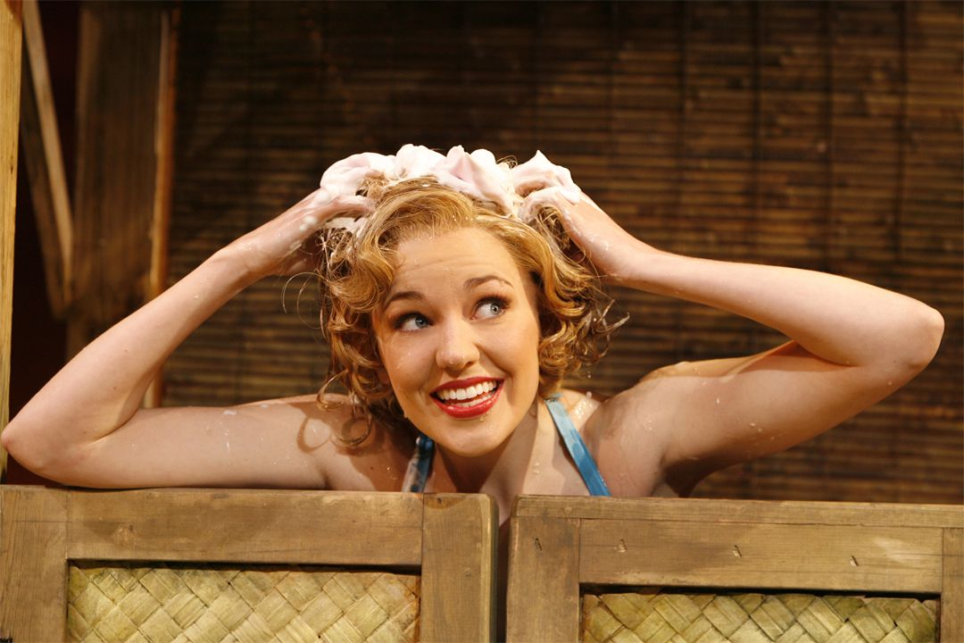 South Pacific Revival - Laura Osnes. She IS the most beautiful star on Broadway today!