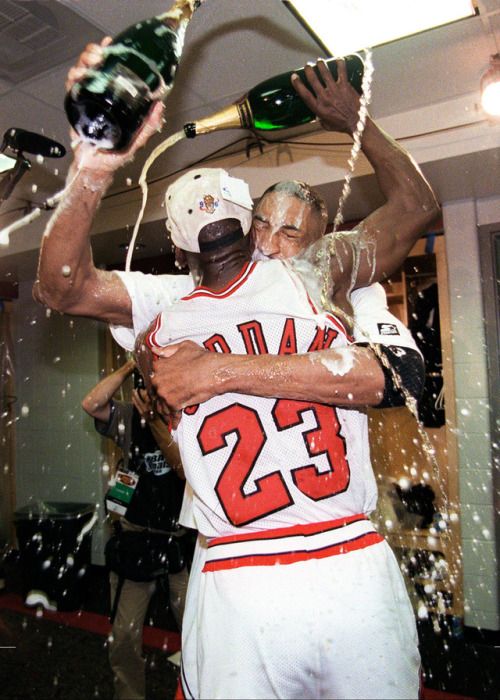 Nba Finals Archive Jordan And Pippen 1996 Nba Finals Michael Jordan Basketball Michael Jordan Pictures Michael Jordan