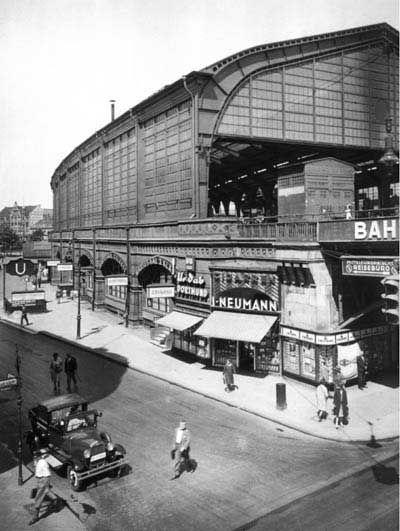 """1928 Der """"neue""""Bahnhof Friedrichstrasse"""