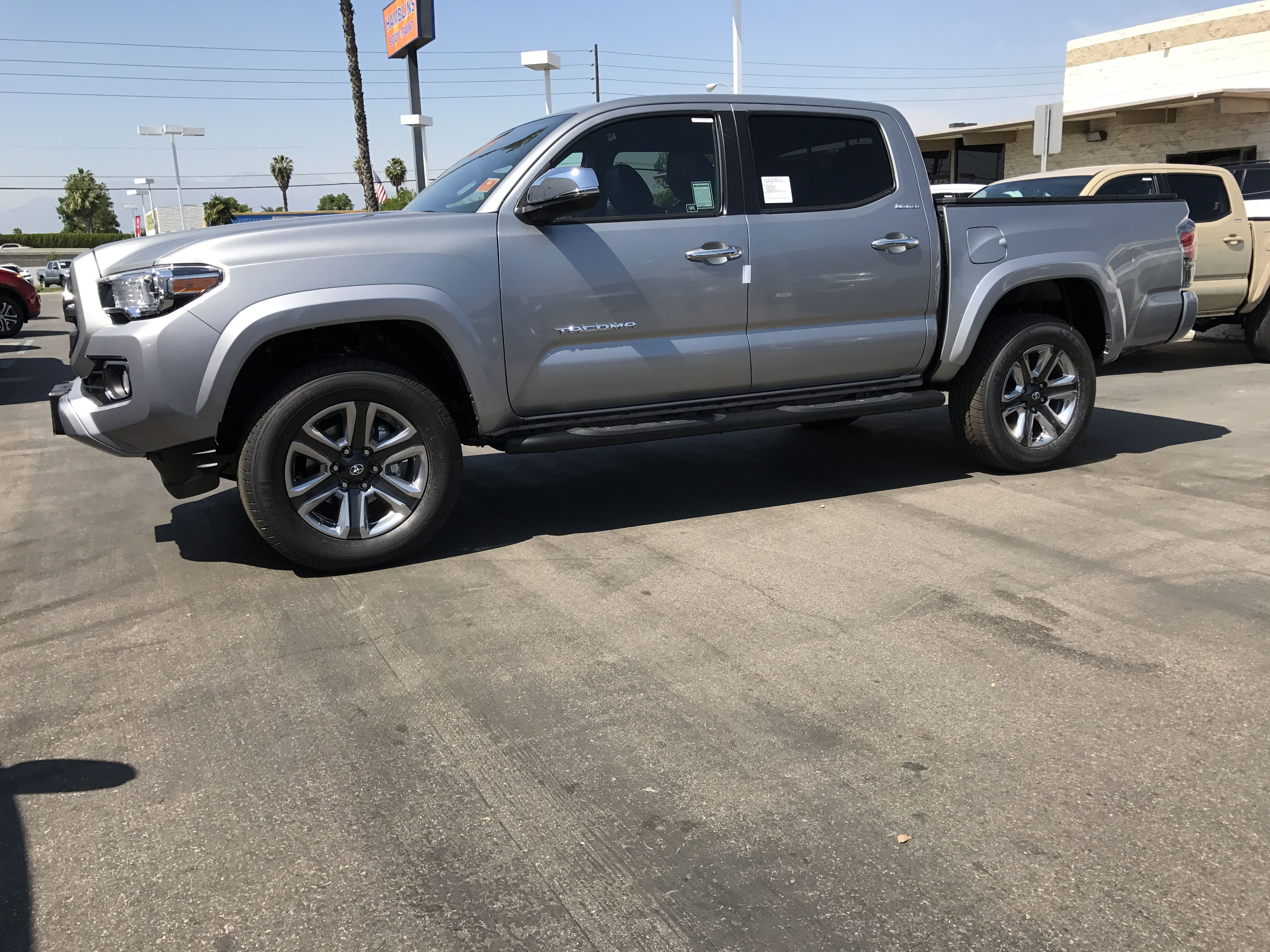 2017 toyota tacoma double cab 3 5l v6 limited in silver. Black Bedroom Furniture Sets. Home Design Ideas