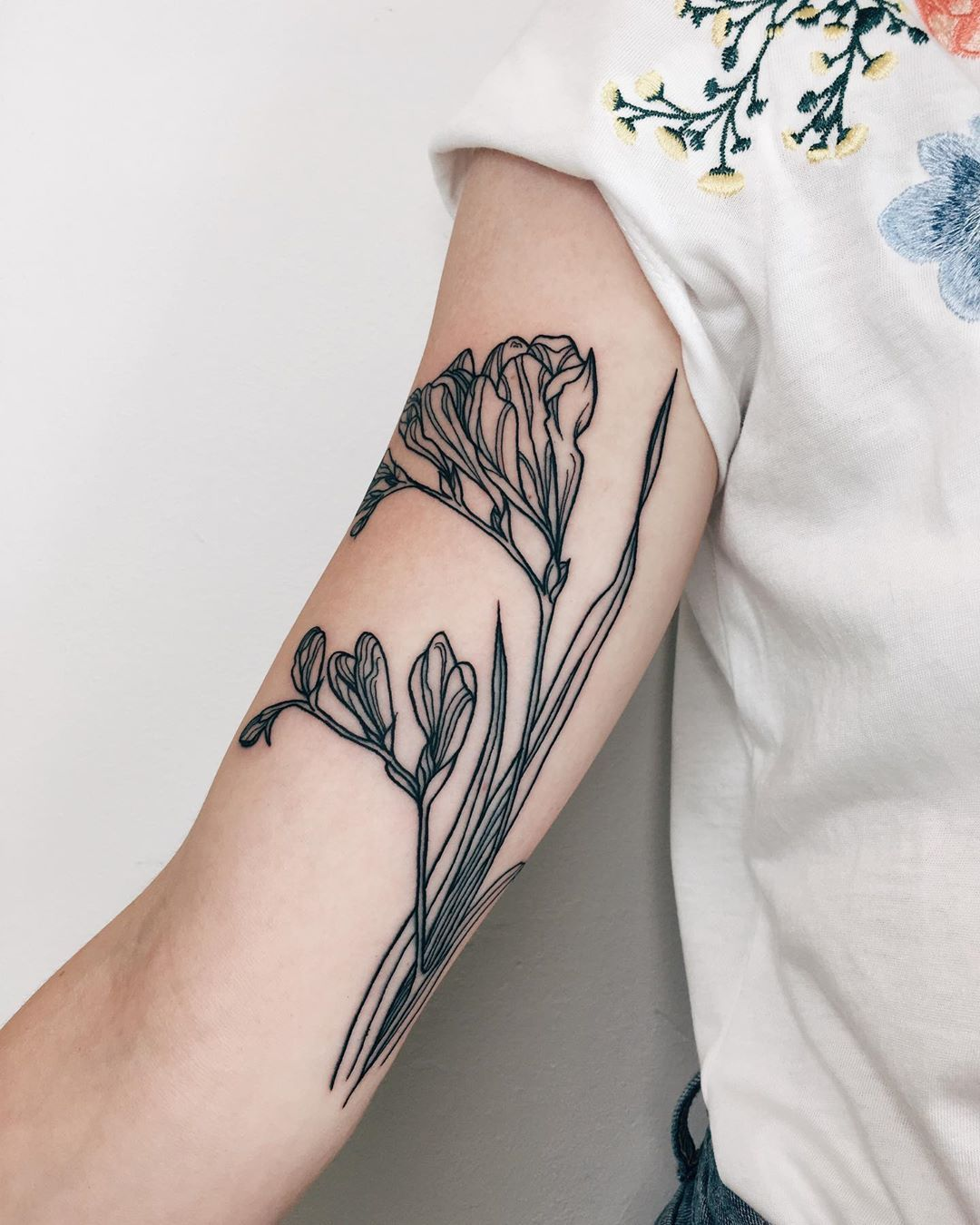 """Freesia Flower Tattoo : freesia, flower, tattoo, 🌱Olya, Ogreb🌱🐒, Instagram:, """"Delicate, Freesia, Flowers, Marion!💓🌱, Thank, Coming, Brussels, Tat…, Tattoos,, Flowers,, Tattoos"""