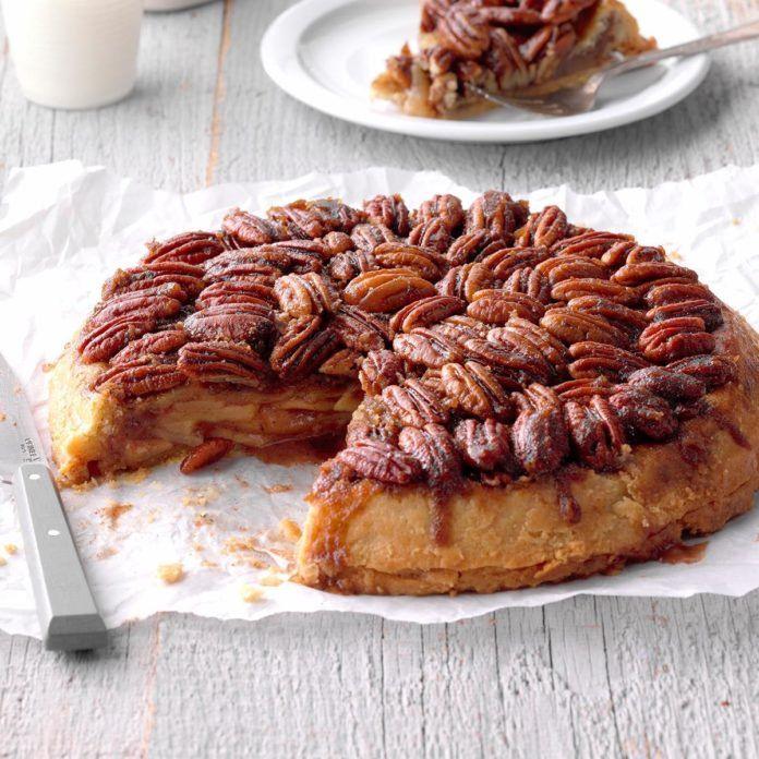 Spiced UpsideDown Apple Pie Recipe Food recipes