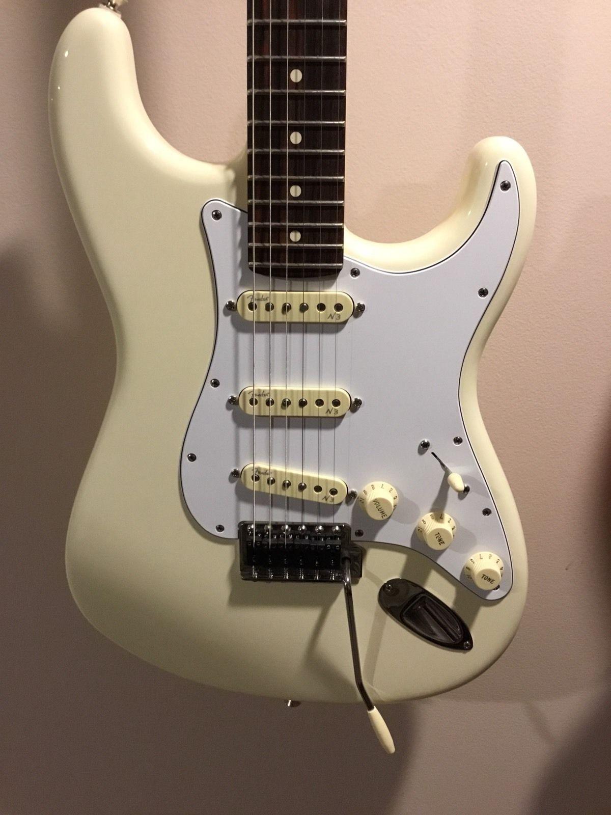 Fender Stratocaster USA American Standard N3 Noiseless Locking ...