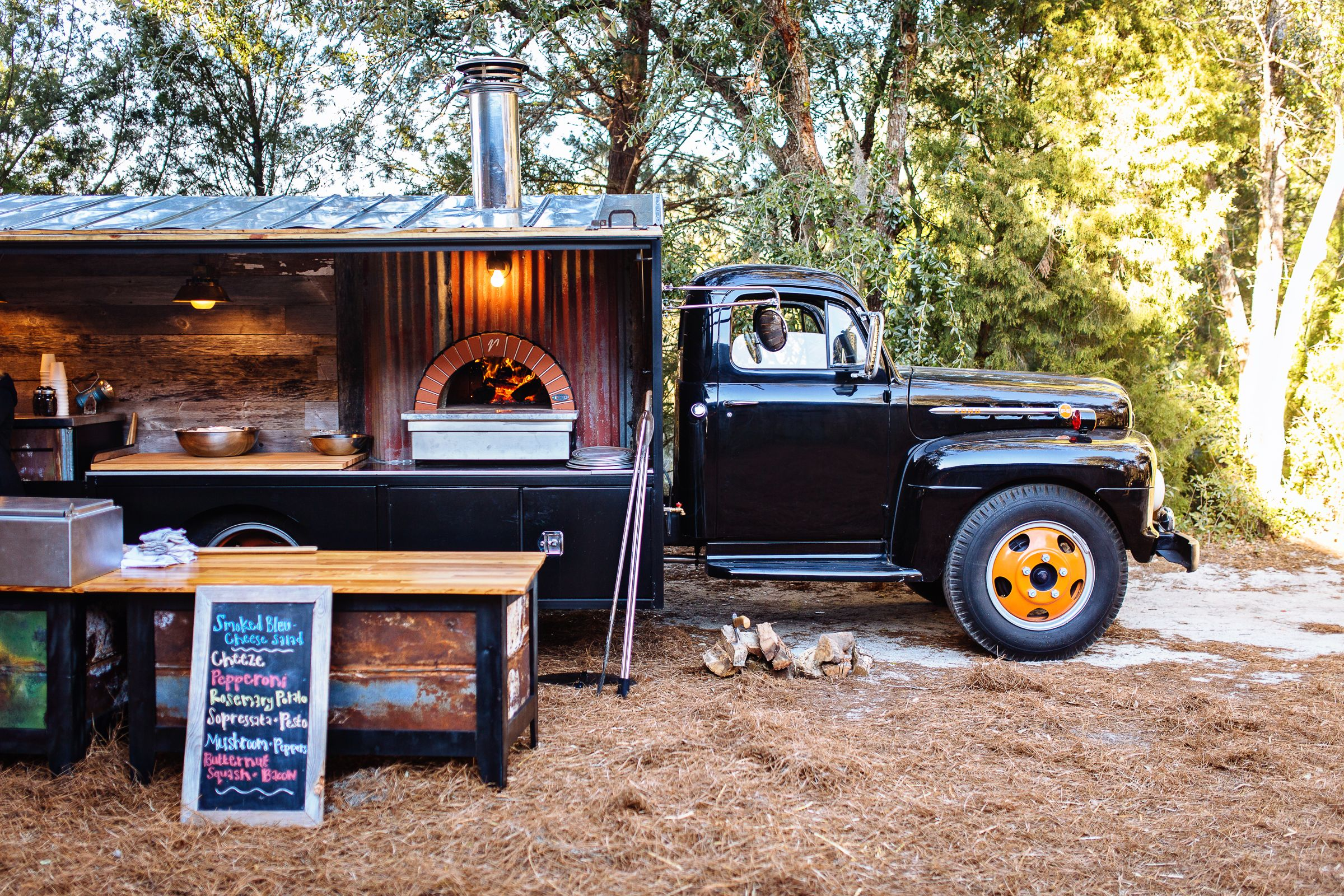Coastal Crust mobile pizza eatery in a very cool truck ...