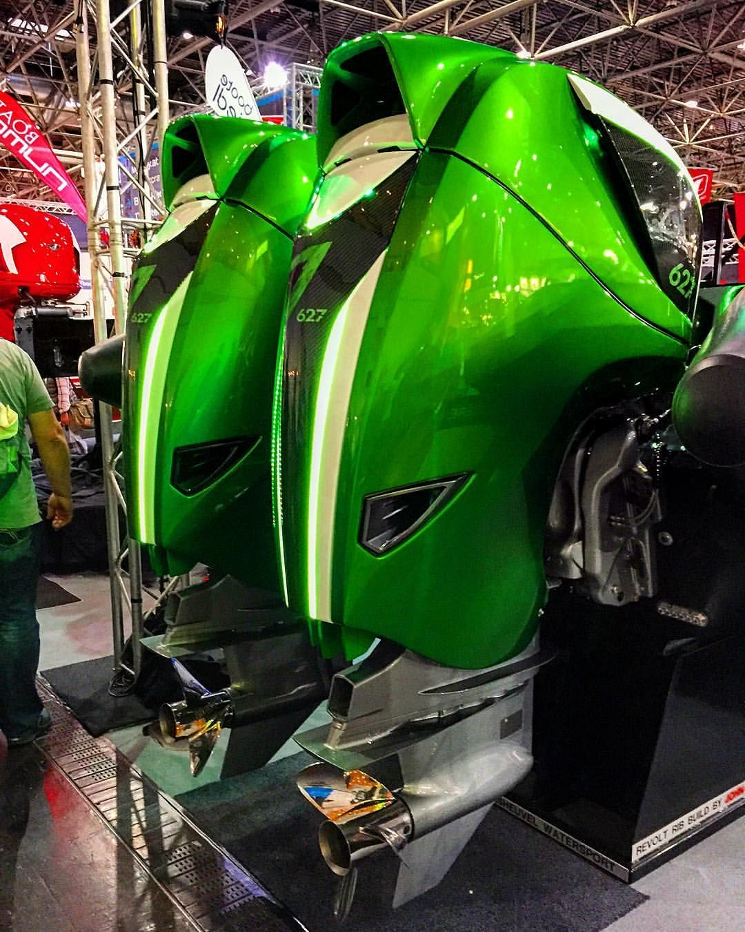 Seven Marine 627 Outboards In Green