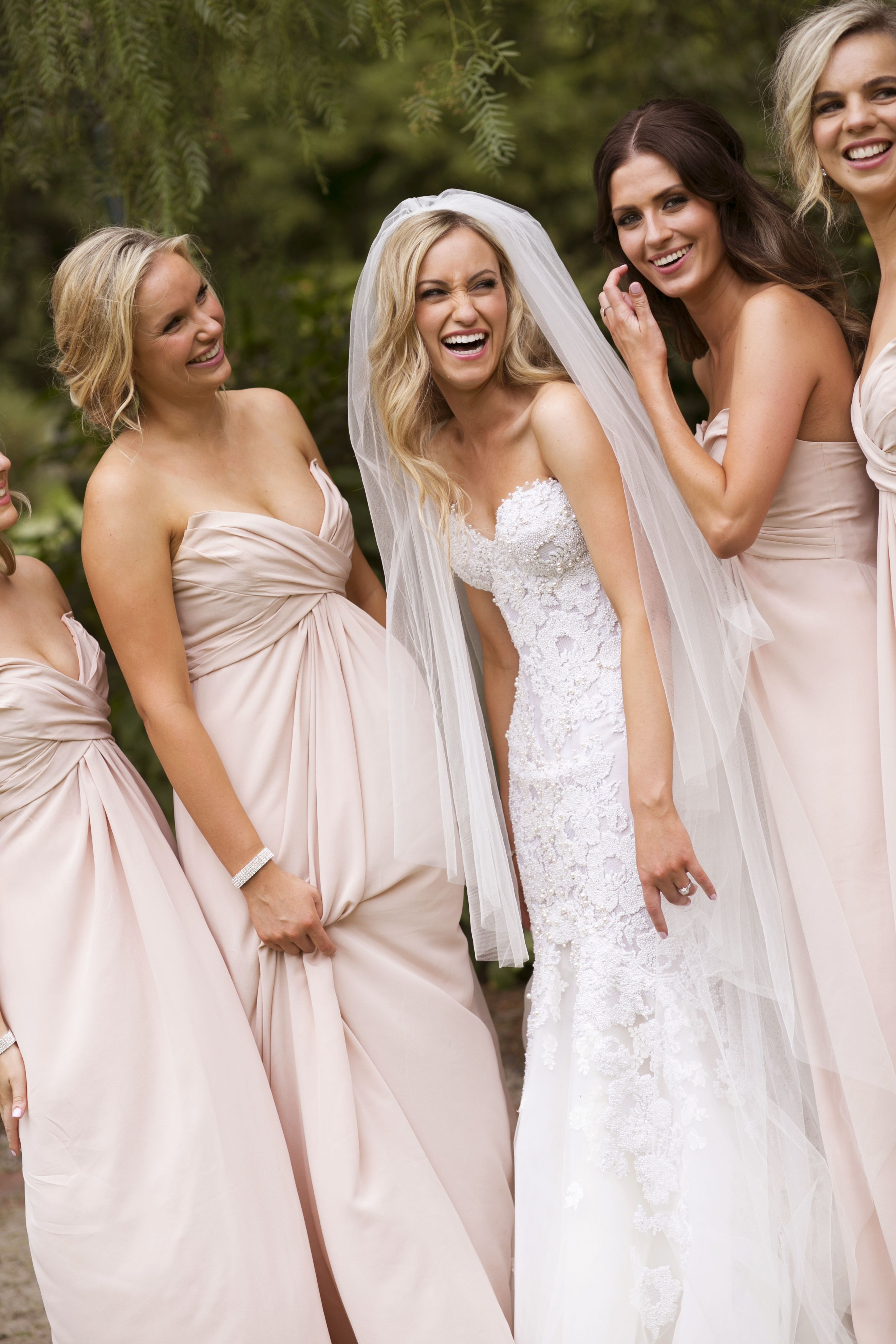 bride and bridesmaids in neutral | itakeyou.co.uk