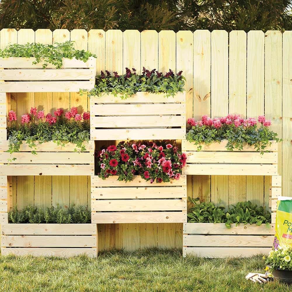 Pin by Debbie Birchman on Projects | Vertical garden, Easy ...