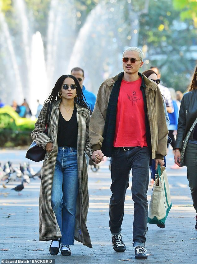 Newlyweds Zoe Kravitz and Karl Glusman take hand-in-hand stroll in NYC #zoekravitzstyle