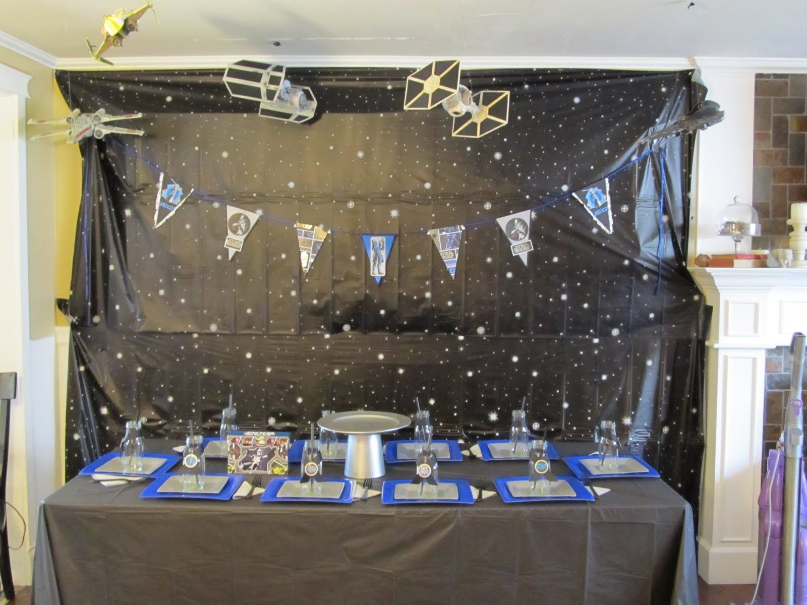 Star Wars Decorating Ideas Star Wars Table Decorations Star Wars Birthday Bash