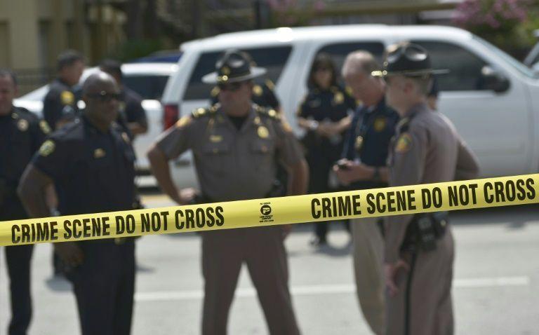 Al menos dos personas murieron y varias resultaron heridas en un tiroteo de madrugada en una discoteca de la ciudad de Fort Myers,…