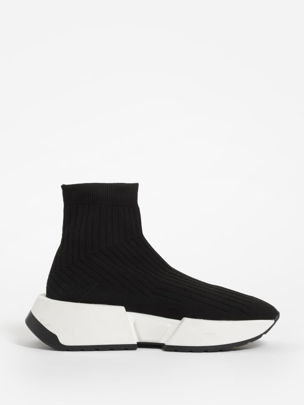 6c652307fc94 Maison Margiela MM6 Sneakers S40WS0066S23235 900 in 2019