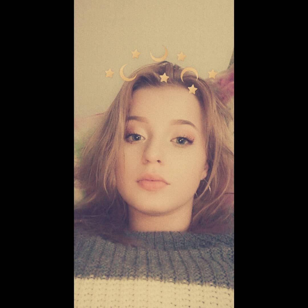 🤤 #hi #me #poland #europe #polishgirl #polskadziewczyna #blondegirl #makeup #blueeyes #lipstick #wow #eyes #relax #instagood #instacool #instastyle #instaphoto #instafashion #instadaily #instapic #instamood #photooftheday #photography #selfie #followforfollowback #fashion #goodday #girl #happy #home