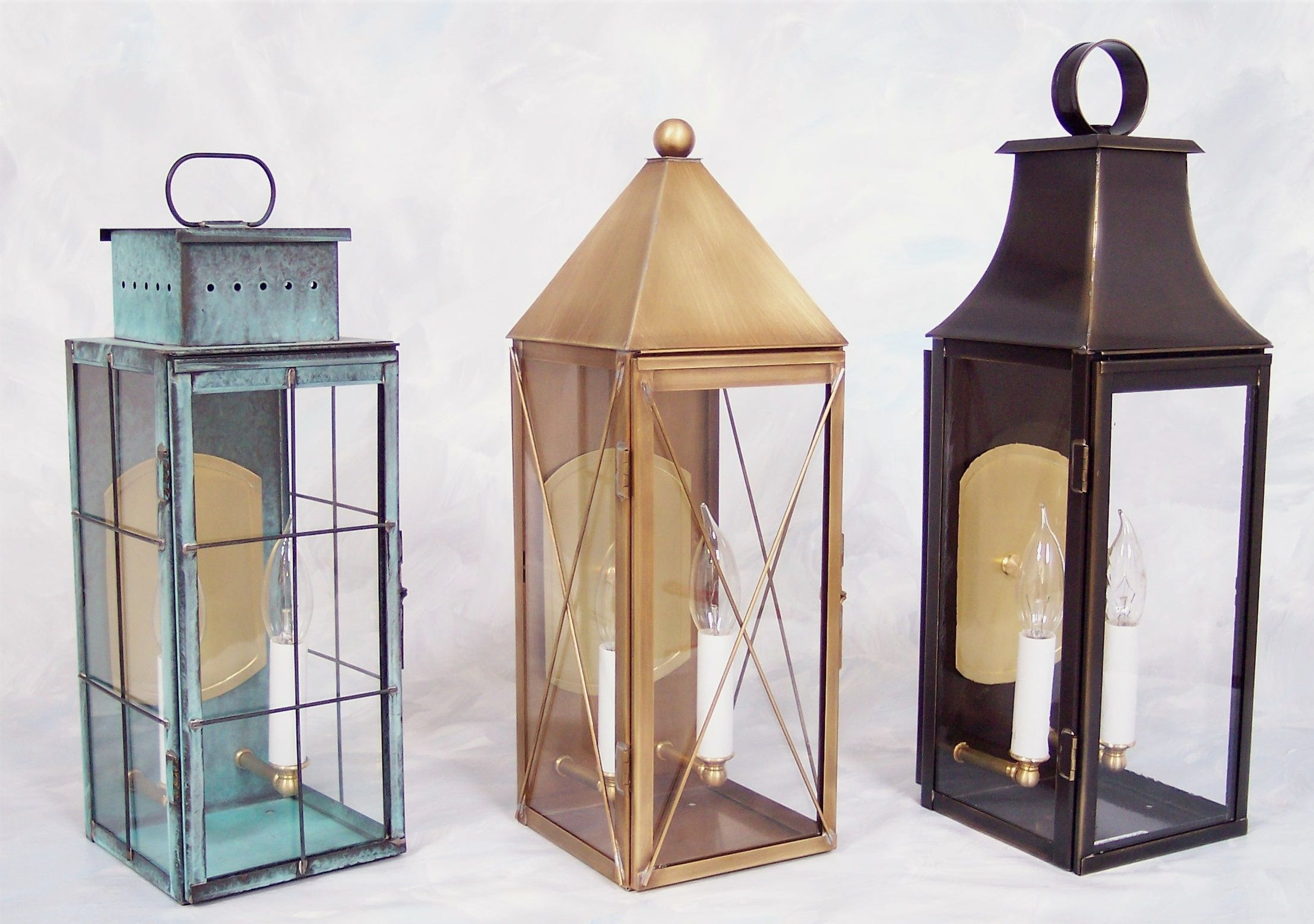 Brass Traditions Wall Sconces 471 In Verde Green 571 In Antique Brass 1071 In Antique Bronze Brasstradi Outdoor Wall Lantern Wall Lights Outdoor Lighting