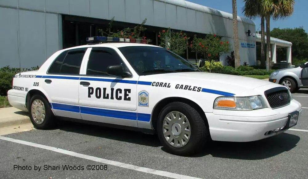Coral Gables Fl Police Dui Enforcement 225 Ford Cvpi Police Cars Victoria Police Police Uniforms