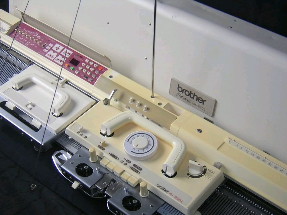 Brother Knitting Machine Electronic Kh 950i Complete