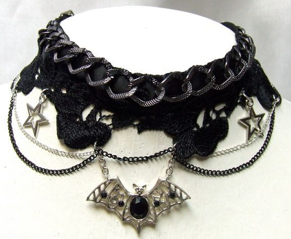 Totally Awesome BLACK Noir Goth Steampunk Lolita ,Black chain and winged Bat Choker