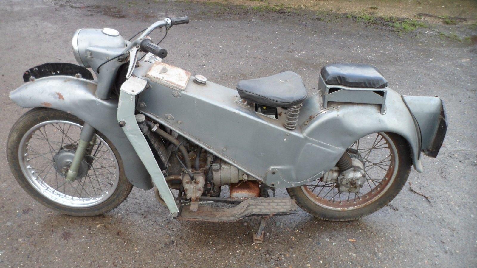 VELOCETTE LE mK3 1967 CLASSIC MOTORCYCLE barn find project