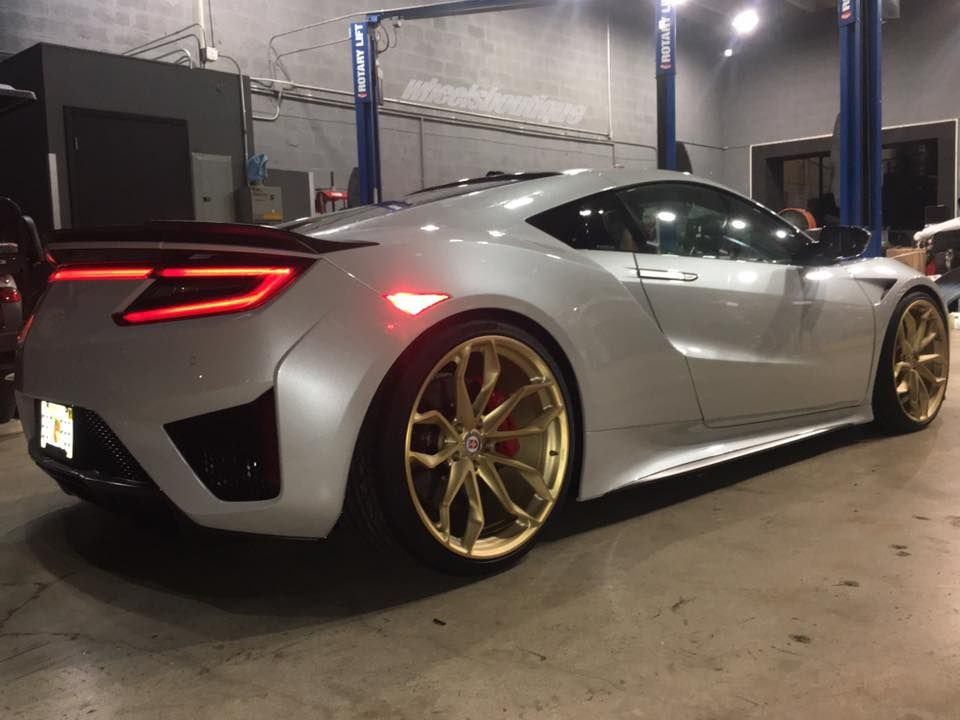 2017 Acura Nsx On Gold Hre Wheels